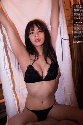吉崎綾さん、妄想デートでくっそエロい姿を解禁してくれるwww【エロ画像】