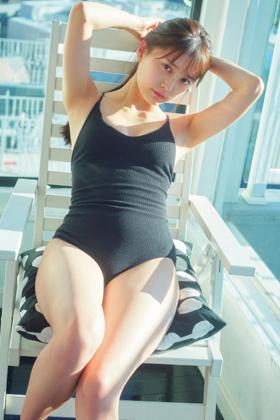 小山リーナさん、圧巻美女の大人っぽくなったセクシーグラビアがぐうシコwww【エロ画像】