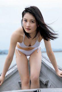 森戸知沙希(19)の最新写真集の水着グラビアがエロいww【エロ画像】