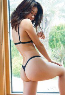 福山智可子(30)とかいうテラハで初婚約・初破局した女の水着姿ww【エロ画像】