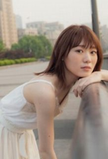 欅坂46小池美波(20)の下着姿も拝める写真集がエロいww【エロ画像】