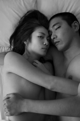 瀧内公美(29)の過激ヌードのベッドシーン絡みが過激でエロいww【エロ画像】