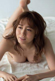 大場美奈さん、写真集でEカップおっぱいを解禁!ぐうシコいwww【エロ画像】