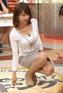 加藤綾子(34)の最新キャプのタイトスカート姿がエロいww【エロ画像】