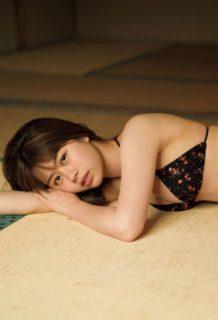 脇田穂乃香(17)の相変わらず巨乳な最新グラビアがエロい【エロ画像】