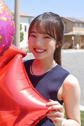 本田真凛(18)の大人っぽくなった最新姿がエロいww【エロ画像】