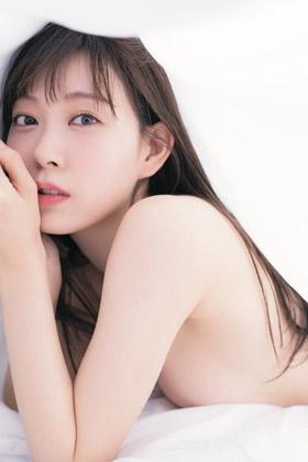 みるきーこと渡辺美優紀(25)のセミヌードで見るおっぱいがぐうシコww【エロ画像】