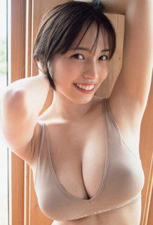 元MIYUこと村島未悠さん、改名しても巨乳水着グラビアがエロいwww【エロ画像】