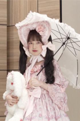 弘中綾香アナ(28)のロリータコス姿がなんかエロいww【エロ画像】