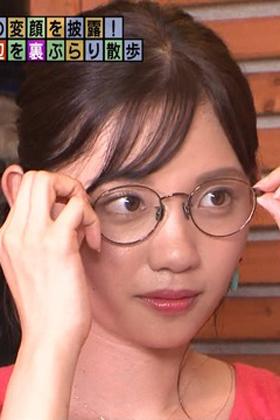 田中瞳アナ(22)のメガネ姿や変顔がエロ可愛いww【エロ画像】