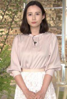 森川夕貴アナ(26)のスカート姿や着衣おっぱいが相変わらずエロいww【エロ画像】