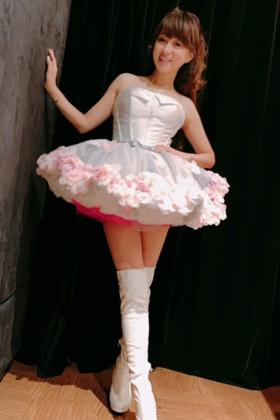 渡辺美奈代(50)のミニスカ姿の美脚が熟女好きにはたまらんww【エロ画像】