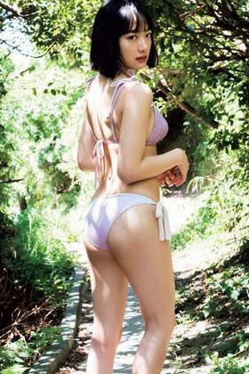 坂口風詩さん、おっぱい・お尻がぐうシコな水着グラビアがコチラww【エロ画像】