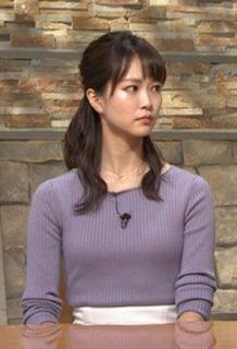 下村彩里アナ(24)の着衣ニットおっぱいがエロいww【エロ画像】