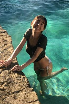 田中みな実(32)の写真集オフショットの乳首ポッチがぐうシコww【エロ画像】