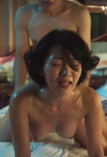 階戸瑠李(30)の乳首丸見え!全裸監督のヌード濡れ場がエロすぎるww【エロ画像】