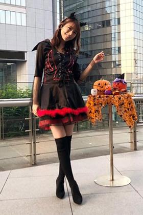 お天気キャスター貴島明日香(23)の魔女コスプレがミニスカでエロいww【エロ画像】