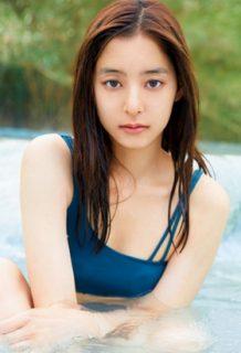 新木優子の写真集がオカズ仕様と判明!!!水着姿がぐうシコい・・・【エロ画像】