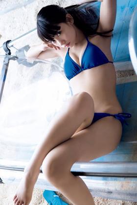 黒崎レイナ(仮面ライダー女優)が脱ぐ!!!完全上裸なったりこれはあかんwww【エロ画像】
