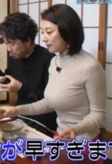 小池栄子さん、人妻なのに地上波でとんでもない爆乳おっぱいを披露www【エロ画像】