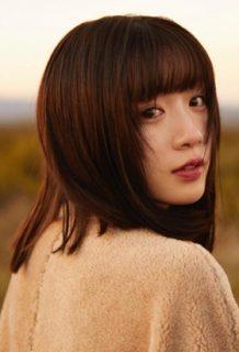永野芽郁さん、エッチな写真集を便乗発売!エロい姿に期待したい!www【エロ画像】
