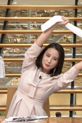 森川夕貴アナ、おっぱいクッキリ体操を披露してしまうwww【エロ画像】