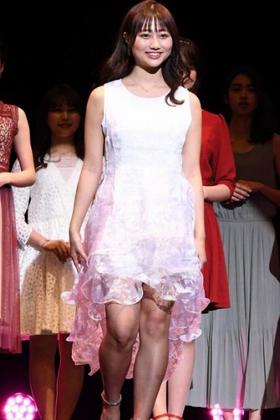 日本一美しい女子大生の西脇萌さん、とんでもないエロ生足を解禁してしまうwww【エロ画像】