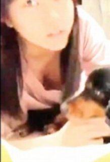 田中美久さん、胸チラで乳首ポロリ寸前の激エロSHOWROOM披露www【エロ画像】