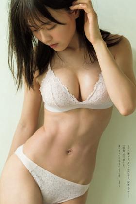 新田さちかさん、ピチピチ女子大生が水着解禁でぐうシコwww【エロ画像】