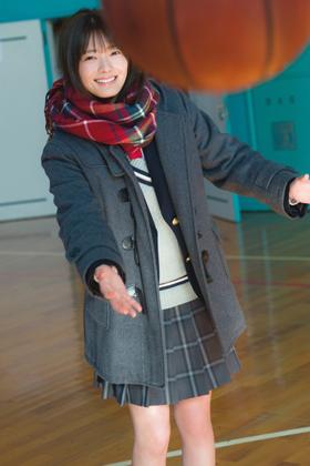 櫻坂46田村保乃さん、初水着も解禁のエチエチ写真集を発売www【エロ画像】
