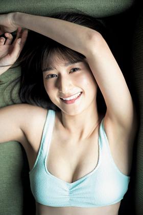 濱田よりかさん、美人モデルのお姉さんが初水着グラビア披露でぐうシコwww【エロ画像】